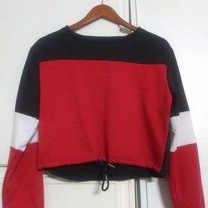 Tops - Nwot long sleeve color block crop top sweatshirt